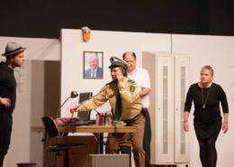 """Theaterpremiere """"Dümmer als die Polizei erlaubt"""""""